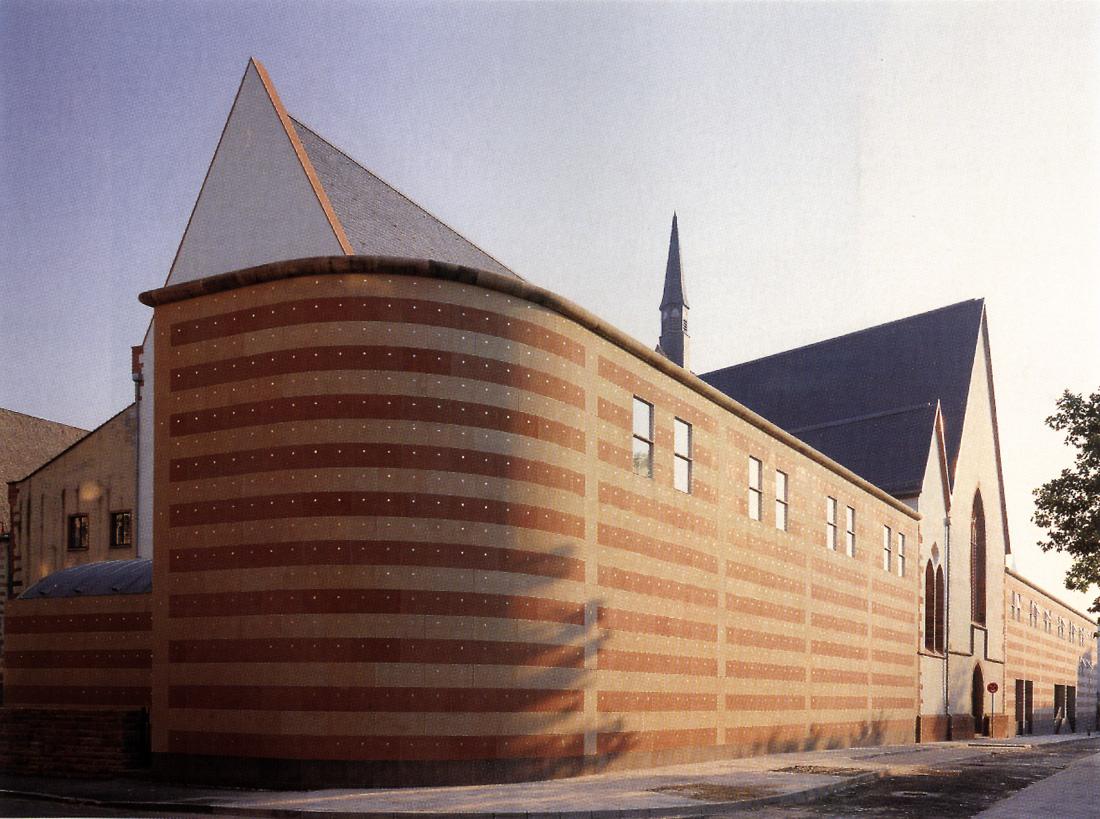 Museum für Vor- und Frühgeschichte, Frankfurt am Main, Josef Paul Kleihues
